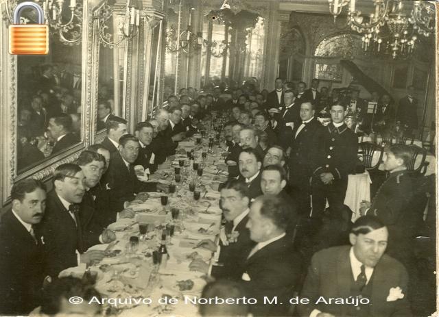 Jantar oferecido pelos jornalistas no Tavares em 20 Abril 1921 após o regresso de Itália