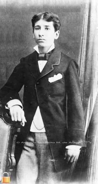 Seu pai Ernesto Maria de Araújo